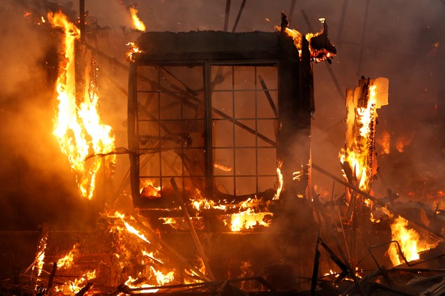 Death Toll From California Wildfires Rises to 43