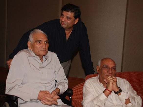 B.R. Chopra and Yash Chopra. Credit: Wikimedia Commons