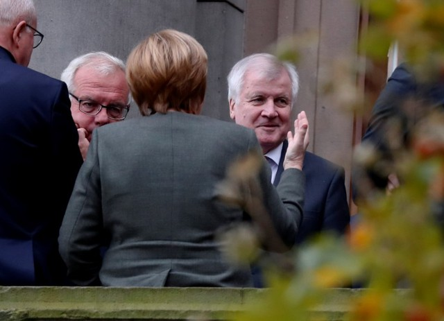 German Coalition Talks Stumble Due to Deep Divisions on Immigration, Climate Policy