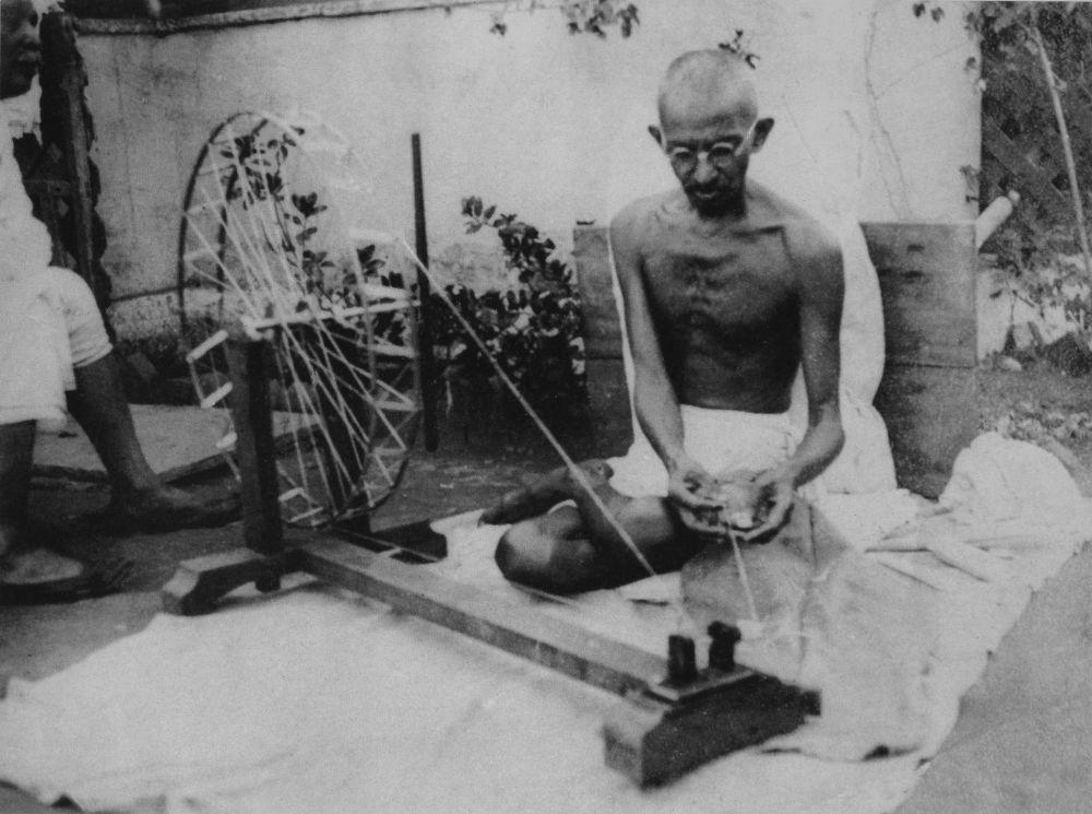 Supreme Court Appoints Amicus Curiae on Plea Seeking Re-Probe of Gandhi's Murder