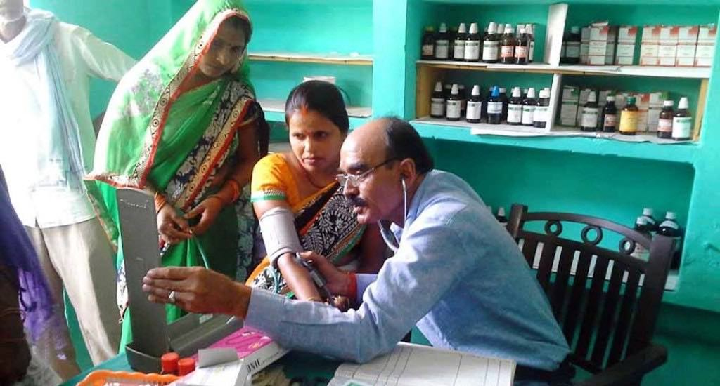 How Women of Lalganj Mobilised the Community to Bring Doctors to Their Doorsteps