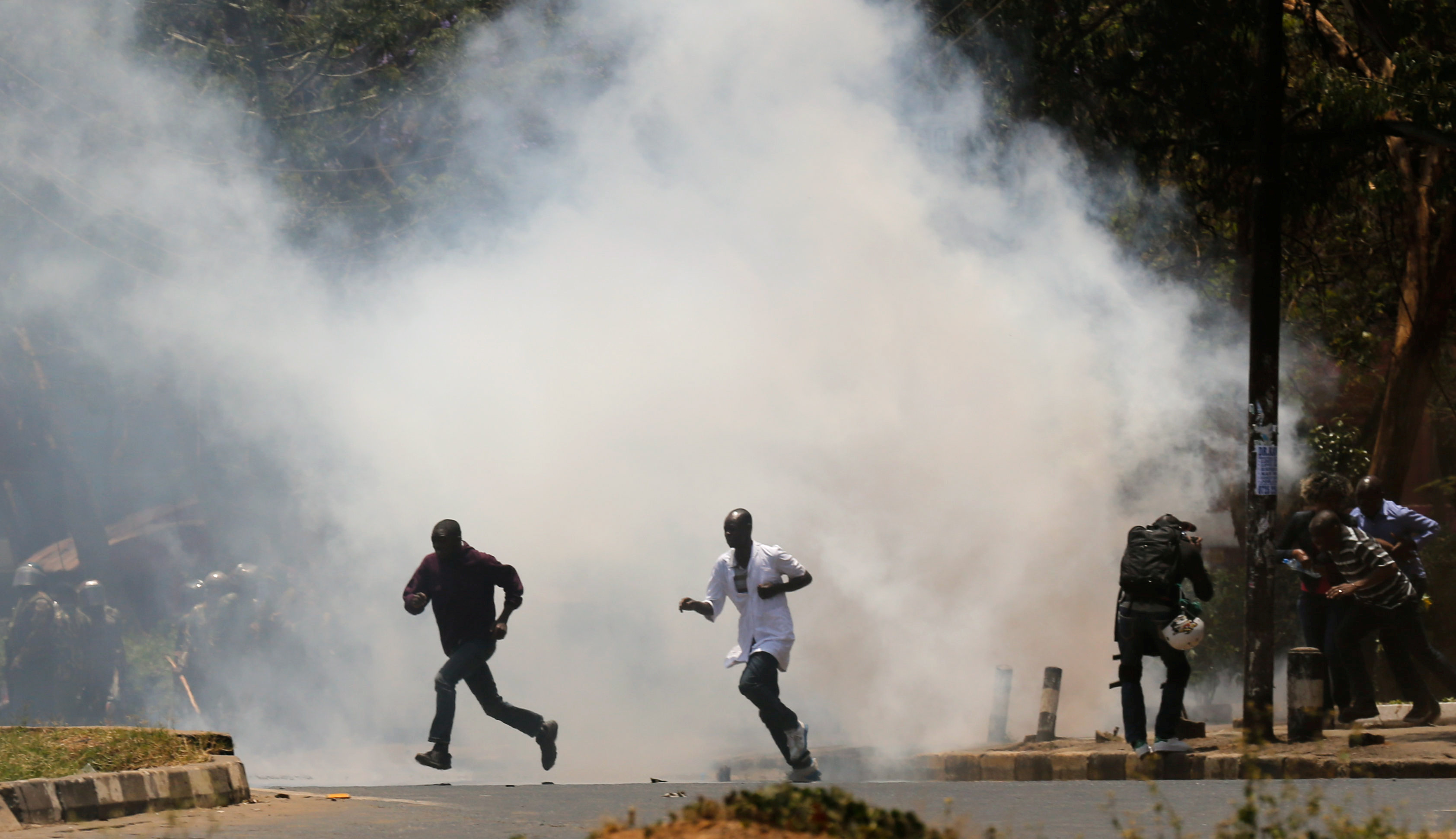 Kenyan Police Tear Gas Presidential Vote Protesters Across Cities