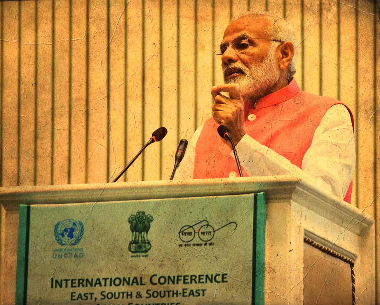 Prime Minister Narendra Modi addressing at the inauguration of the International Conference on Consumer Protection for East, South & South-East Asian Countries, at Vigyan Bhawan, in New Delhi on October 26, 2017. Credit: PIB