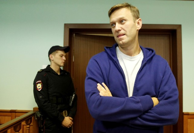 Putin Critic Released From Jail, Resumes Presidential Campaign