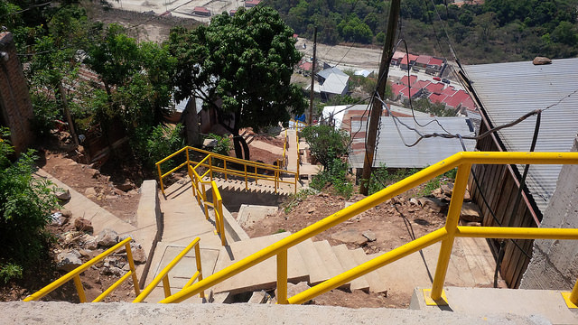 Stairways in the Ramón Amaya Amador neighbourhood and other colonias are a symbol of a new sense of inclusion of shantytowns in the rest of Tegucigalpa. Credit: Thelma Mejías/IPS