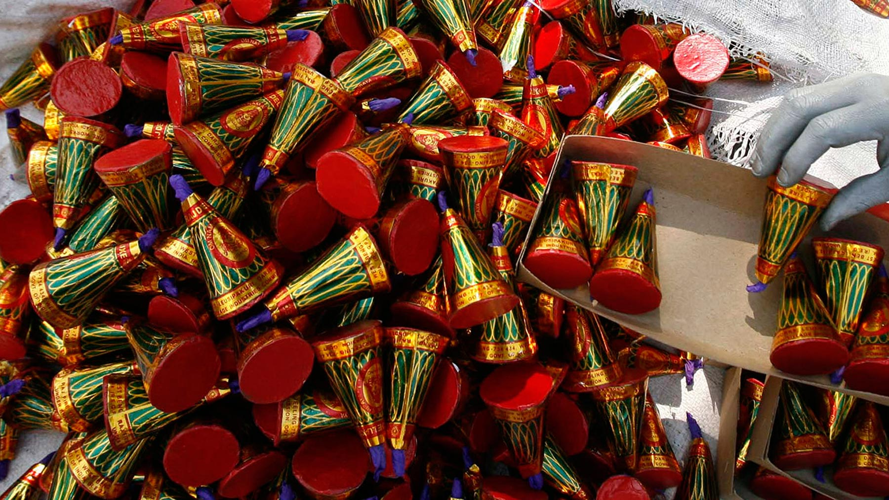 Supreme Court Allows 'Safe' Firecrackers for Diwali; Restrictions in Delhi