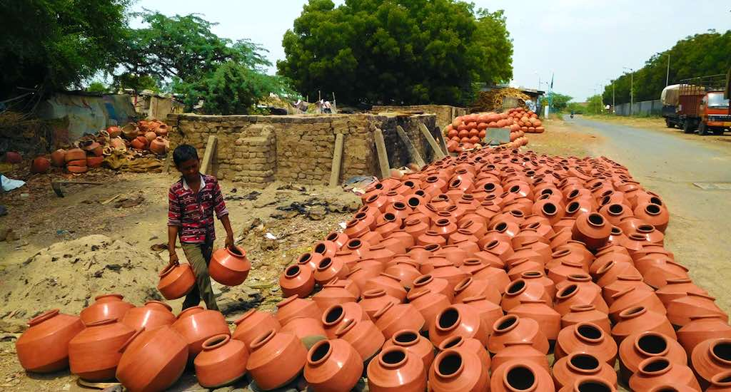 In Gandhi's Gujarat, Potters Keep Shine on Hindu-Muslim Amity