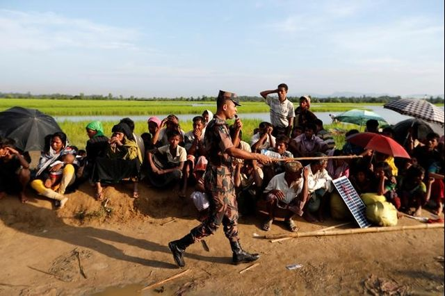 Bangladesh Urged by UN to Move Rohingya Refugees Stranded at Border
