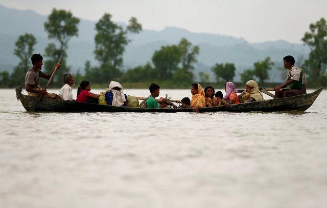 Twelve Dead as Rohingya Refugee Boat Capsises on Way to Bangladesh