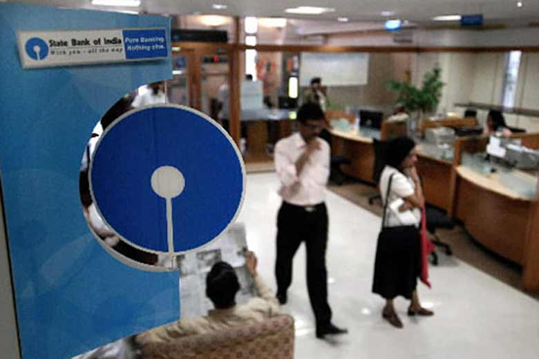 SBI Collects Whopping Rs 1,771 Crore in Below Minimum Balance Penalty in April-November
