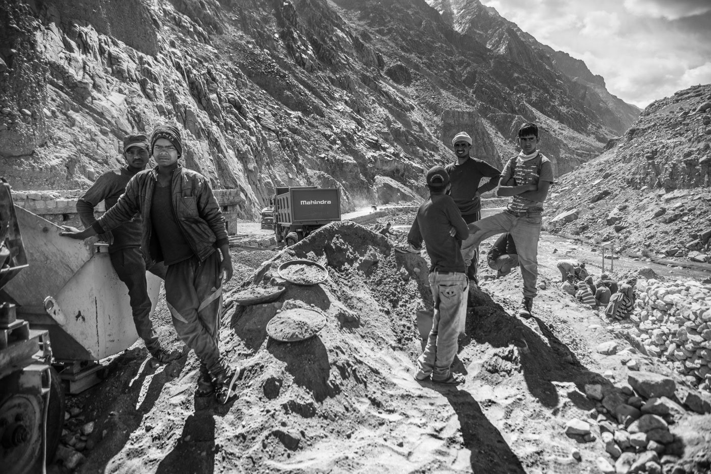 Will All-Weather Connectivity and More Tourists Help Ladakh?