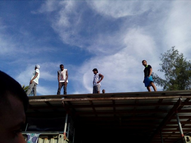 Protesting Asylum Seekers Ordered Out of Manus Island Camp by PNG Police