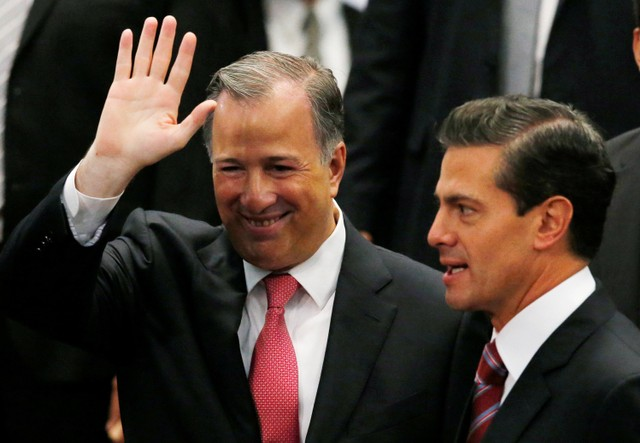 Mexico: Finance Minister Resigns to Seek Presidency for Ruling Party
