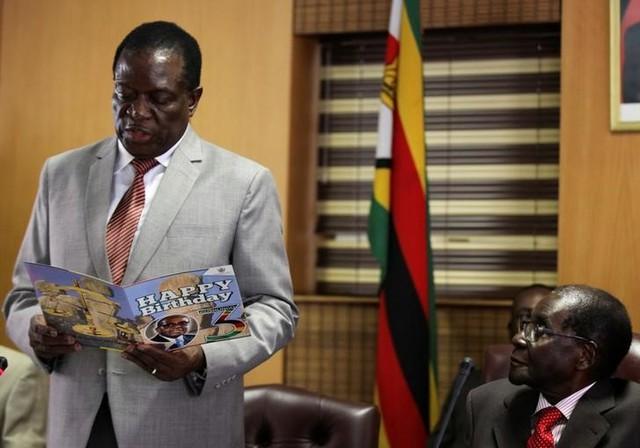 Zimbabwe's Ruling Party Expels Ex-Vice President Emmerson Mnangagwa