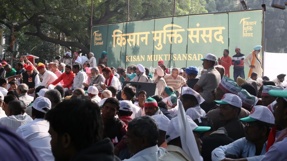 Farmers protesting in Delhi on Monday. Credit: Akhil Kumar/The Wire