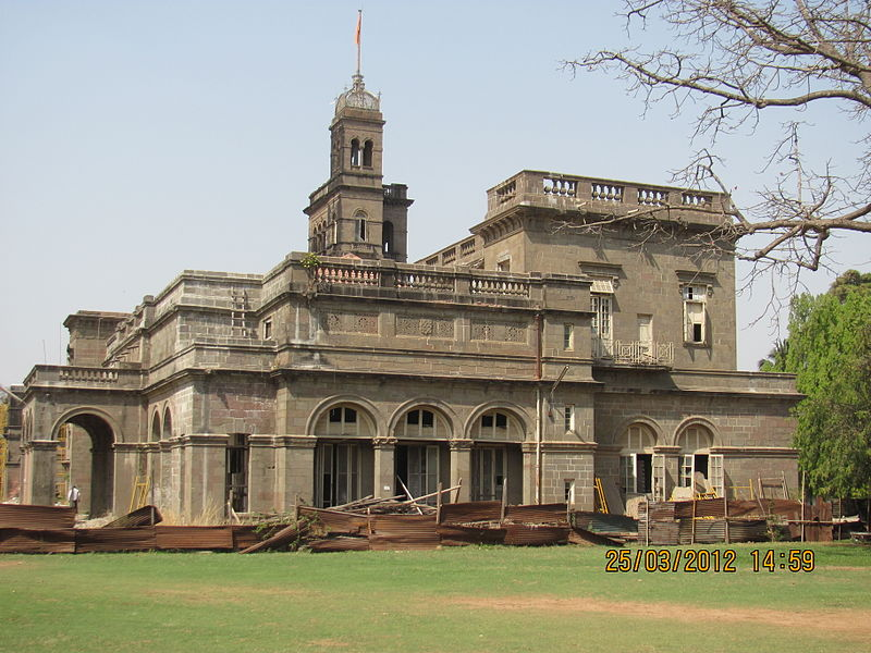 For Pune University's Academic Gold Medal, Only Vegetarians and Teetotallers Need Apply