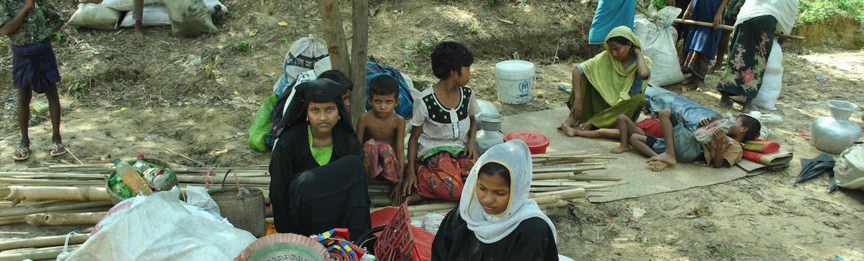 Photo Essay: Inside Rohingya Muslim and Hindu Refugee Camps in Bangladesh