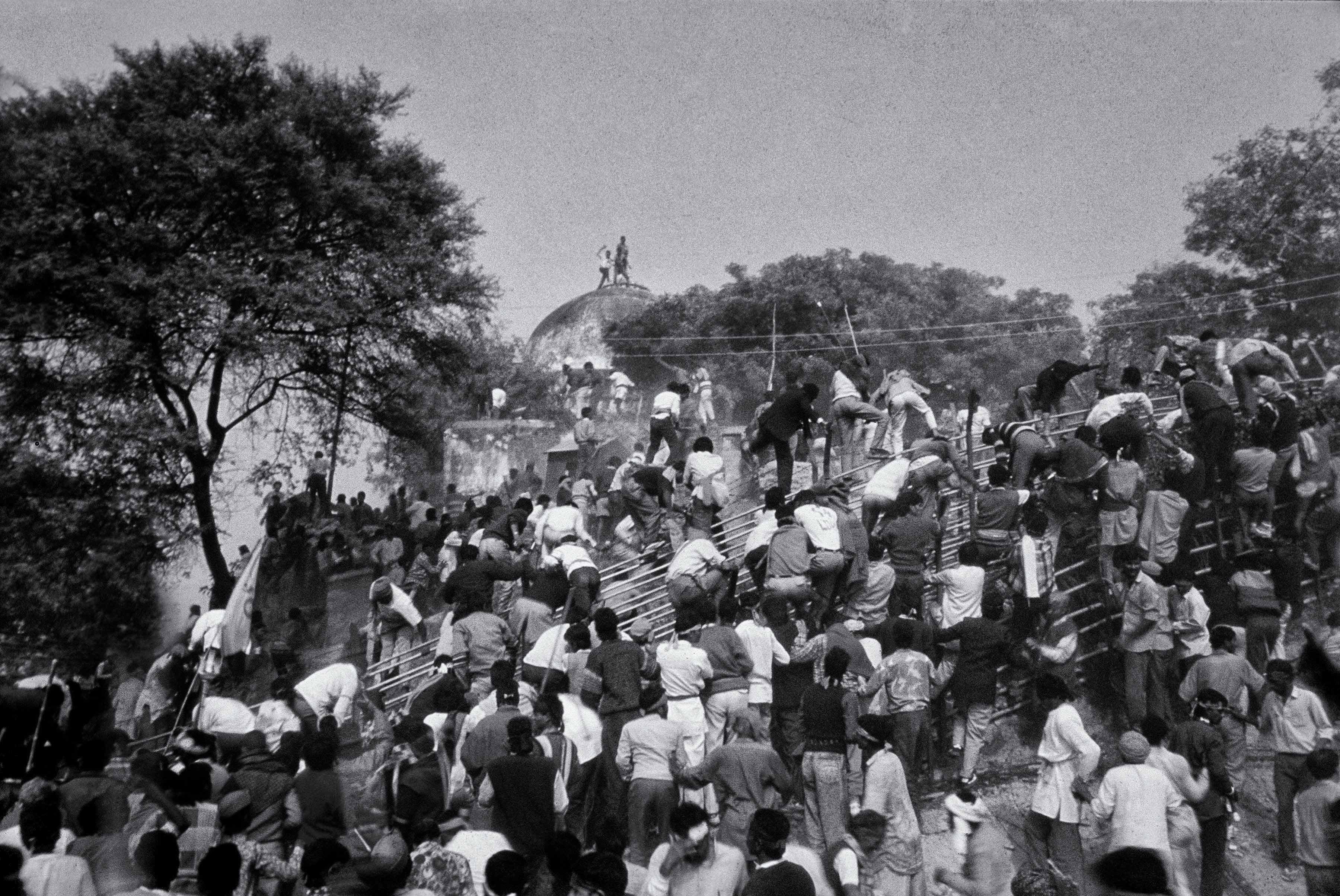 No holy army, this. Credit: T. Narayan