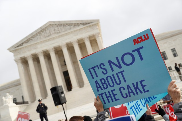US Supreme Court Divided on Anti-LGBT Baker Case