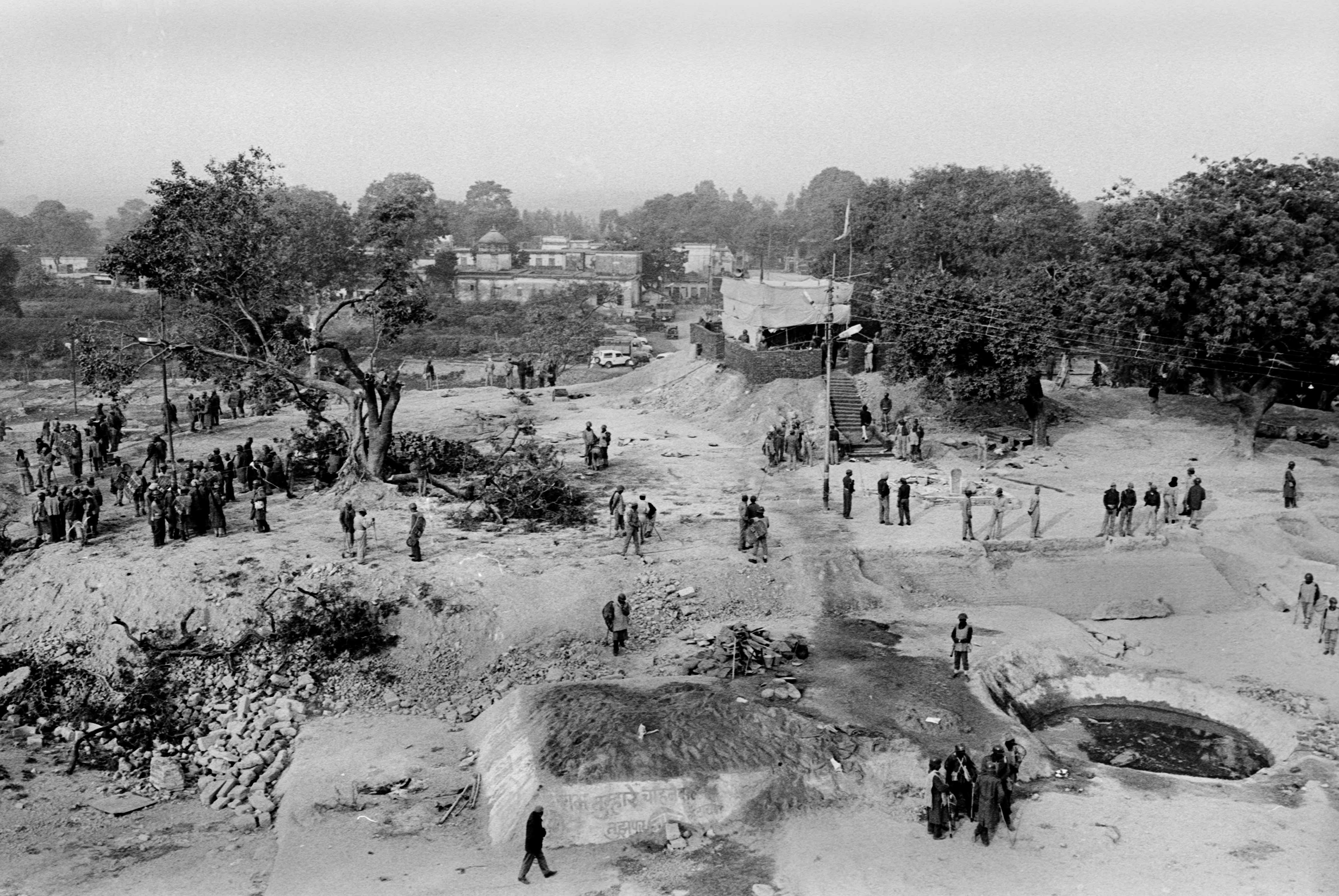 A view of the ground where the Babri Masjid stood just a day before. Credit: T. Narayan