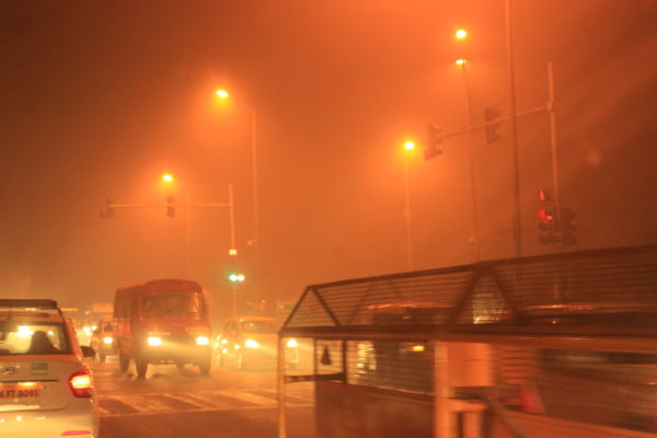 Delhi on a smoggy night in 2017. Credit: The Life of Science