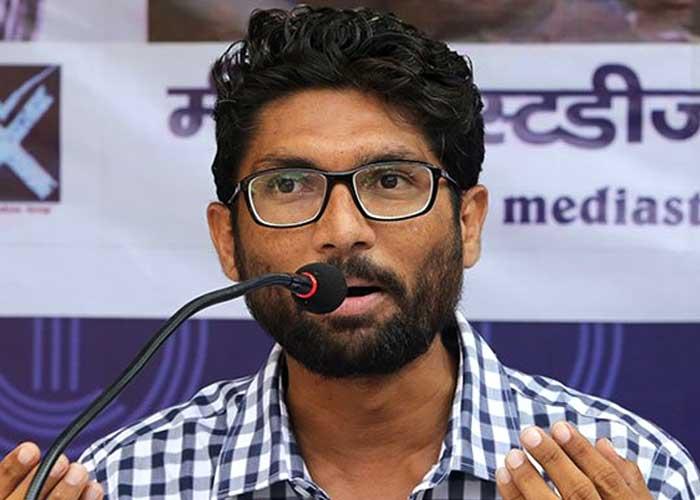 Principal, VP Resign After Ahmedabad College Refuses to Host Jignesh Mevani