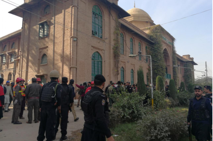 Nine Killed as Taliban Disguised in Burqas Attack College in Pakistan