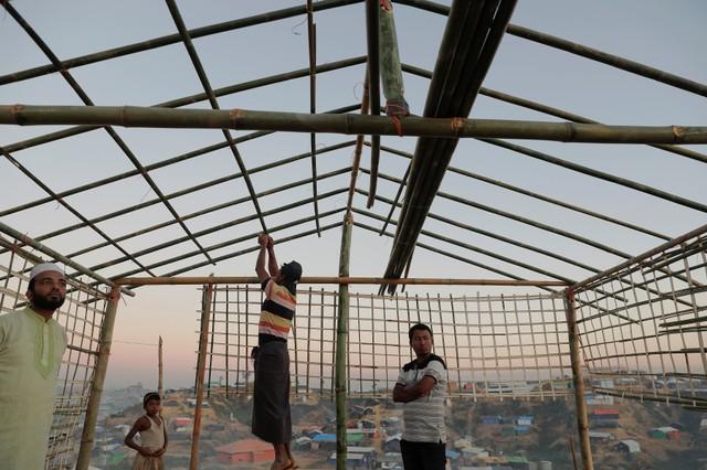 Rohingya Refugees Still Fleeing Myanmar for Bangladesh