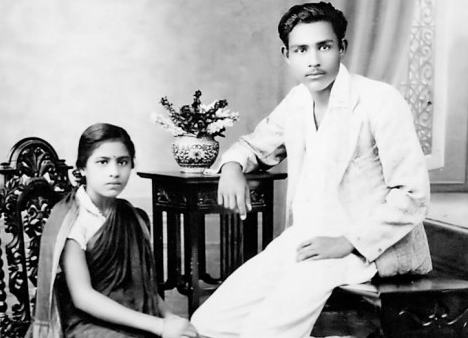 Muktibodh with his wife. Credit: Twitter