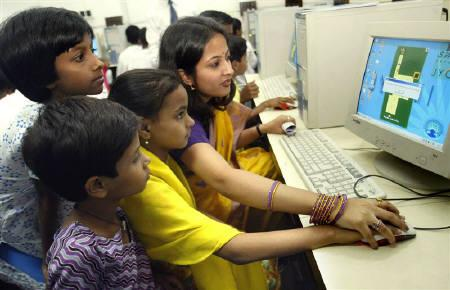 Only One-Third of India's Total Internet Users are Female: UNICEF Report
