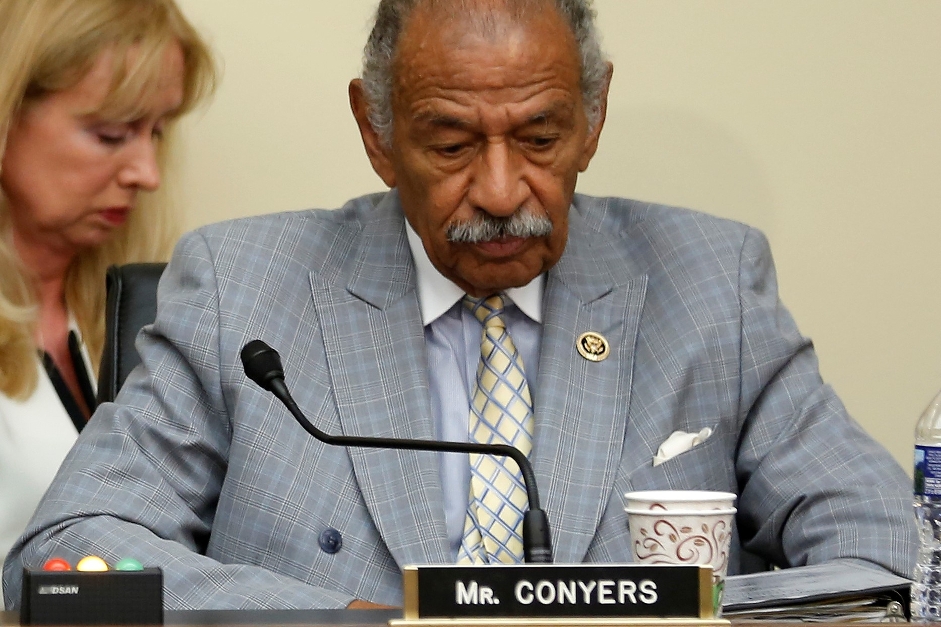 Senior Lawmaker Conyers Leaves US Congress After Harassment Accusations