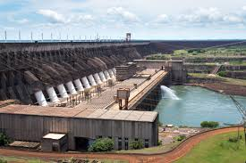 The Itaipu Hydroelectric Dam is the biggest in the world. Credit: Wikimedia Commons