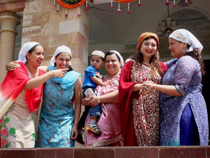 Parsi Women Married Outside Community Can Perform Parents' Last Rites, Says Supreme Court