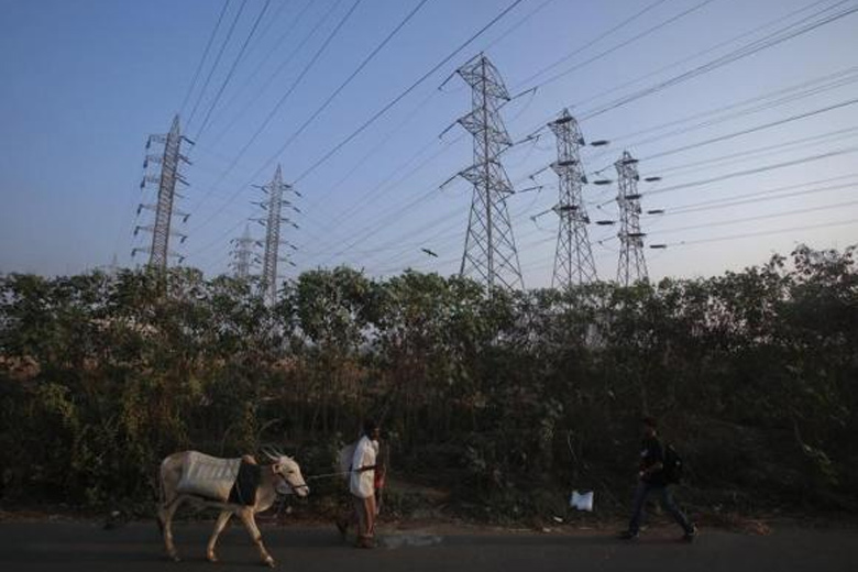 For Uttar Pradesh's discoms, AT&C losses range anywhere between 20% to 40%. Credit: Reuters