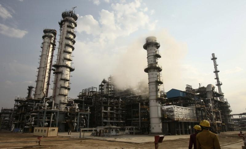 As Electrification Churns India's Energy Mix, Uncertainty Hangs over Petroleum Refining Sector