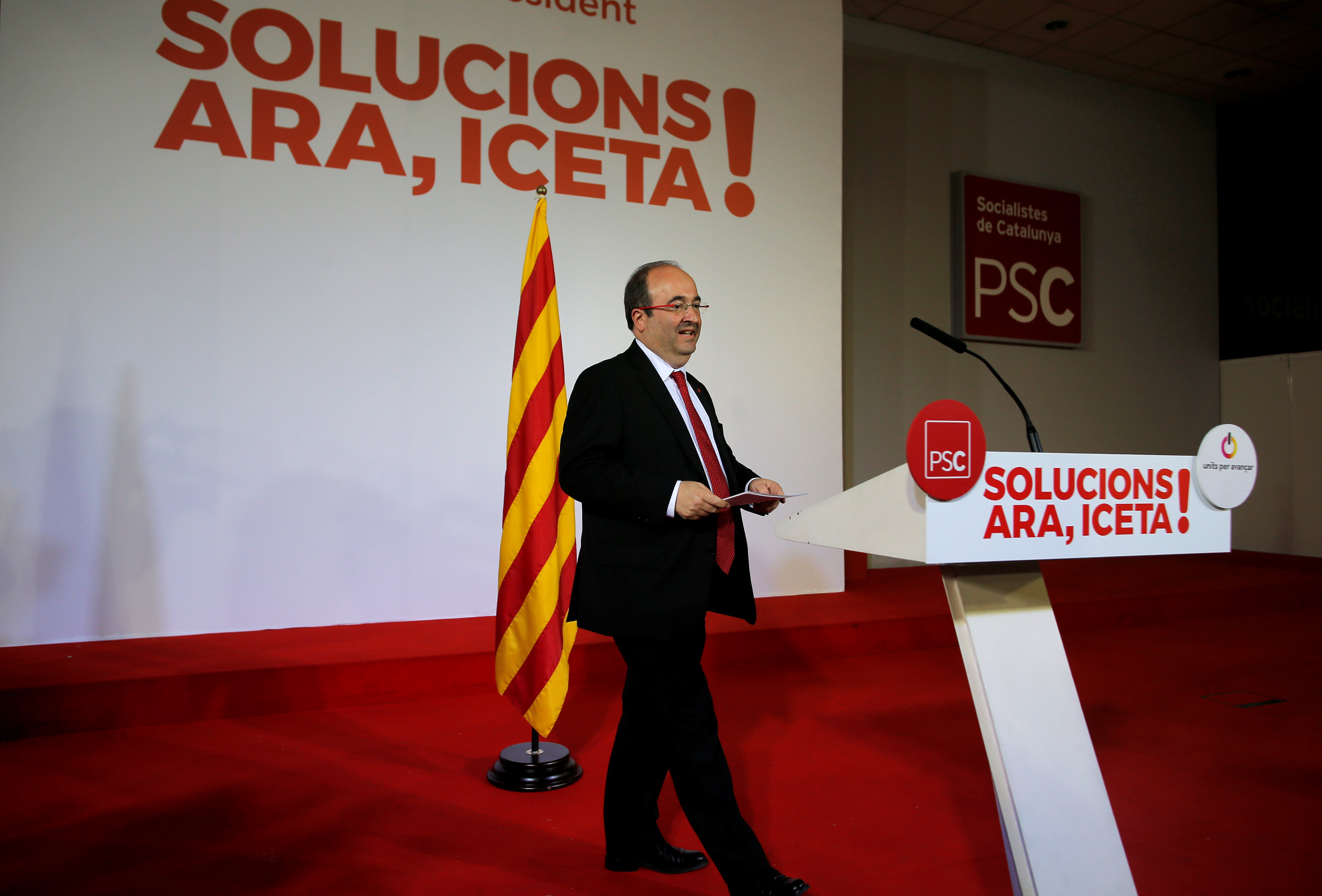 Miquel Iceta, leader of the Socialist Party of Catalonia speaks after the regional elections in Catalonia, in Barcelona, Spain, December 21, 2017. Credit: Reuters/Jon Nazca